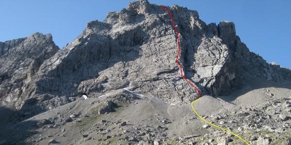Seekofel-Nordwand mit Routenverlauf.