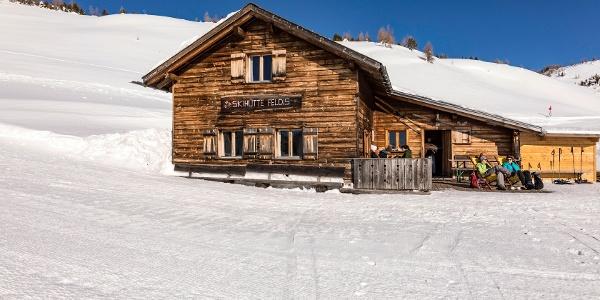 Skihütte Feldis im Winter