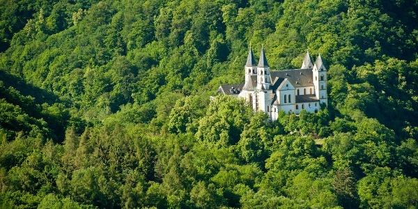 Blick auf Kloster Arnstein