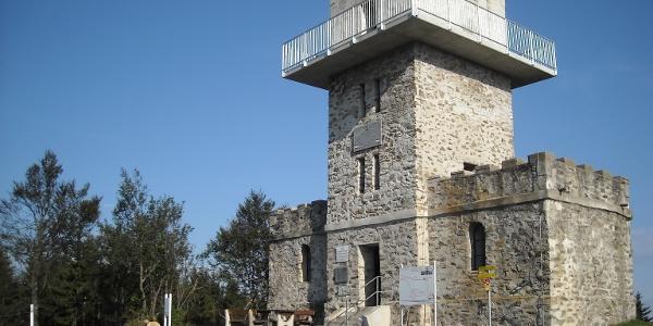 Aussichtsturm im Naturpark Geschriebenstein