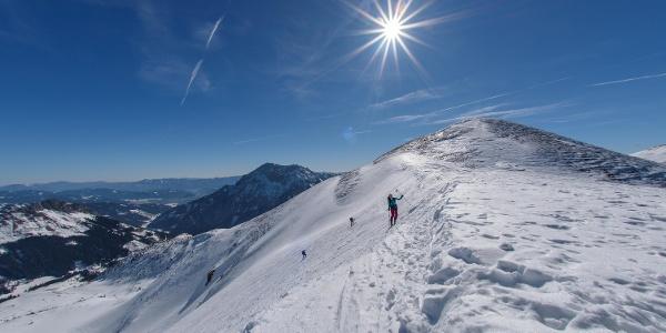 Sattel vor dem Gipfelaufbau (Skidepot)