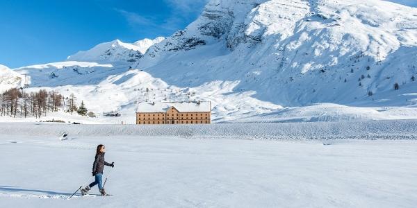 Schneeschuhlaufen Simplonpass beim Hospiz Simplon