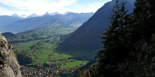 Wimmis, Berner Alpen und Niesen.
