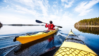 Kayaktour auf dem Saimaa-See