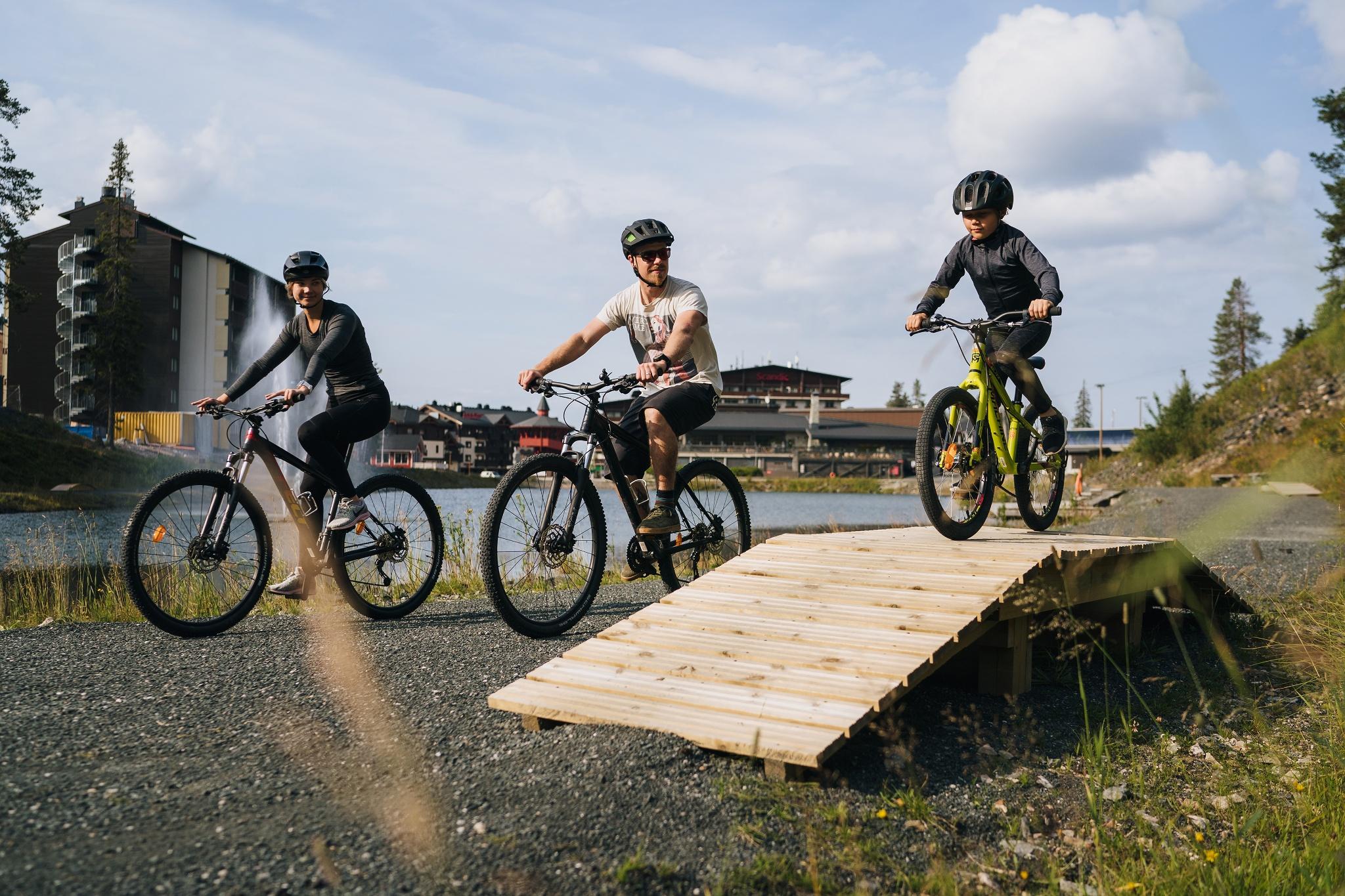 Maastopyöräily Reitit