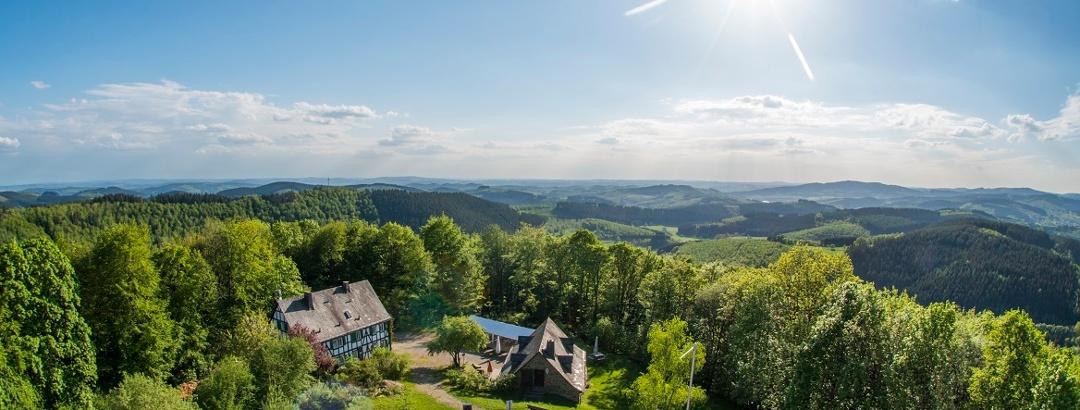Aussicht von der Ginsburg am Rothaarstei bei Lützel