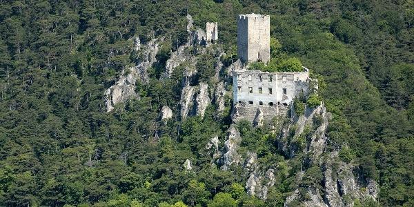 Ruine Rauhenstein von Rauheneck aus