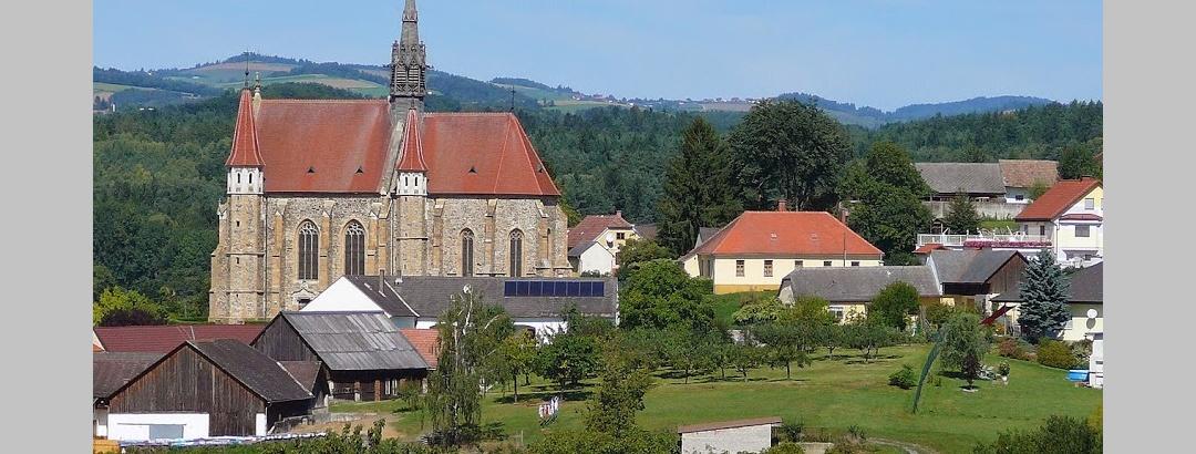 Mariasdorf mit Kirche