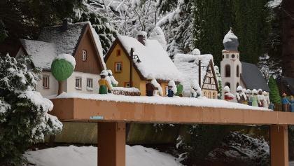 Weihnachtliches Auerbacher Fensterbrettl