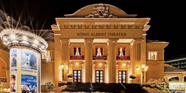 König Albert Theater im Winter