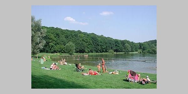 Sonnenbaden am Wendebachstausee