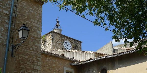 Piolenc - Un campanile au cœur du village