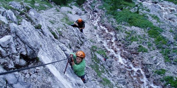 Einstiegswand am Seebener Klettersteig.