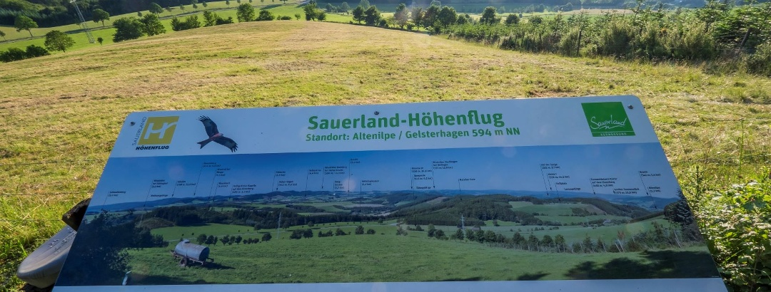 Panoramatafel am Sauerland-Höhenflug