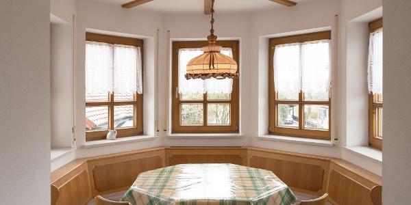 Wohnküche mit wunderschöner Sitzgelegenheit