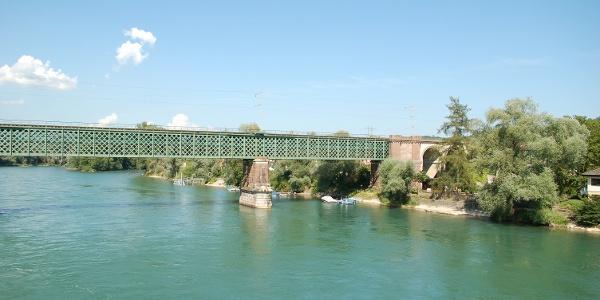 Rheinbrücke am Zoll