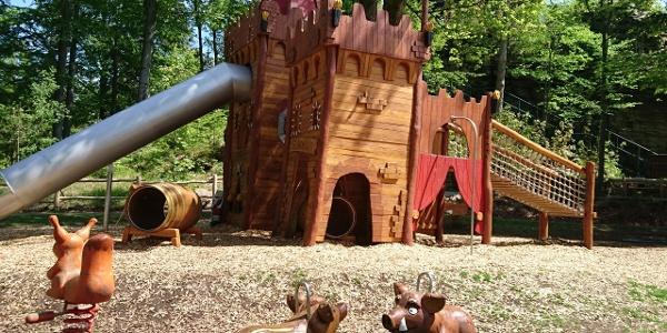 Dobrodružné dětské hřiště u skal Greifensteine