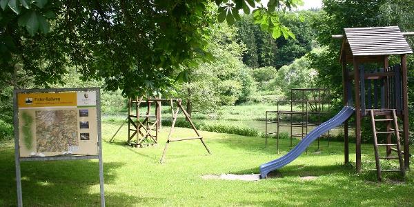Spielplatz in Clodra an der Elster im Thüringer Vogtland