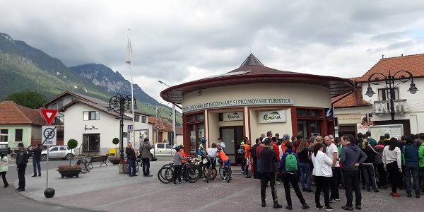 Centrul Național de Informare și Promovare Turistică Zărnești