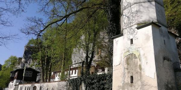Donauroute - Einsiedelei Klösterl zwischen Kelheim und Kloster Weltenburg