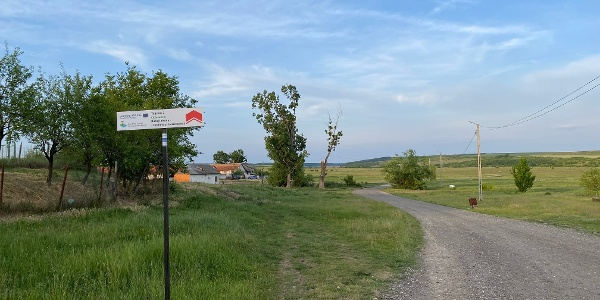 Indicator traseu Cicloturism în Ianova
