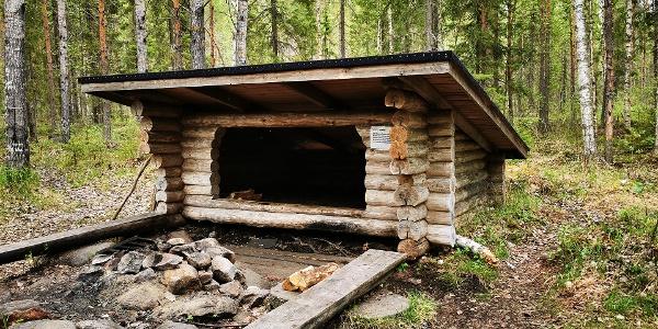 Nielujärven laavu, Salamajärven kansallispuisto