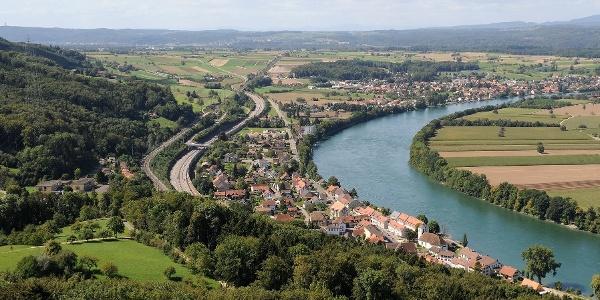 Mumpf, Dorf