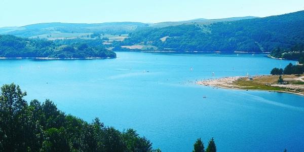 Autour du Lac de Laouzas