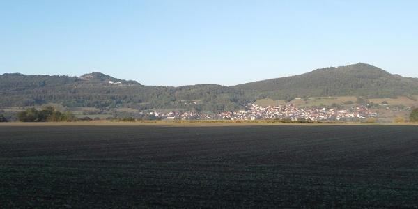 Völkershausen mit Oechsenberg und Dietrichsberg