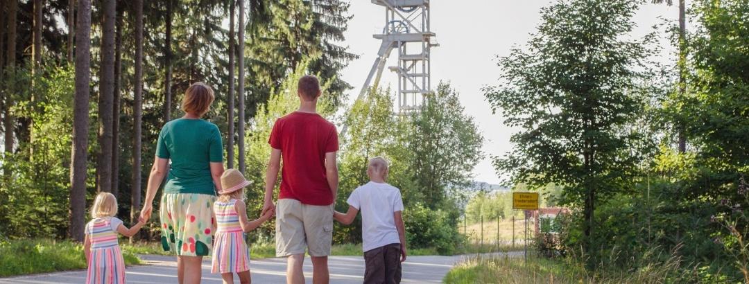 Förderturm beim Besucherbergwerk Zinngrube