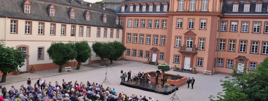 Konzert auf dem Schlosshof
