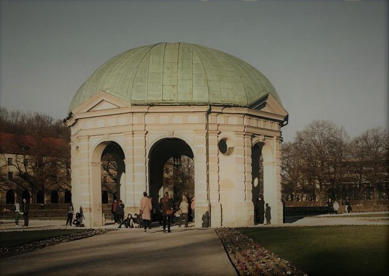 Der Münchner Hofgarten in der Altstadt
