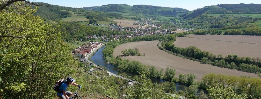 An der Schutzhütte Nase - Blick auf Saalebogen bei Kaulsdorf