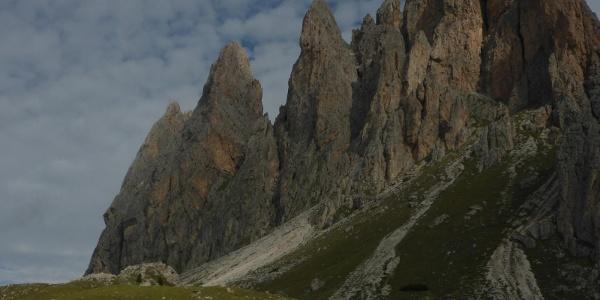 Kleine Fermeda, Große Fermeda, Odla de Ciscles, Sas de Mesdi (von links nach rechts)