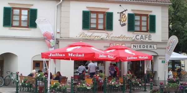 Cafe Niederl