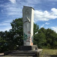 zur Barbara-Statue