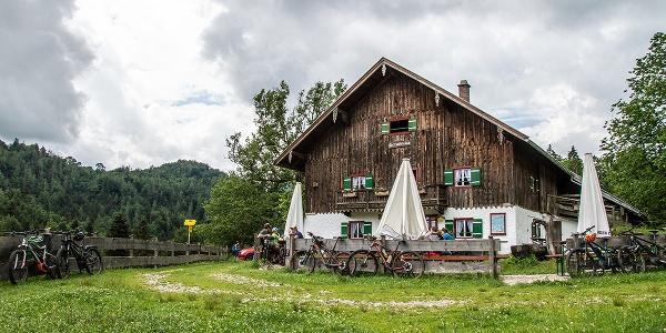 Beliebt bei Mountainbikern: Die Höllenbachalm bei Bad Reichenhall