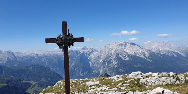 Jägerkreuz mit Watzmann  im Hintergrund