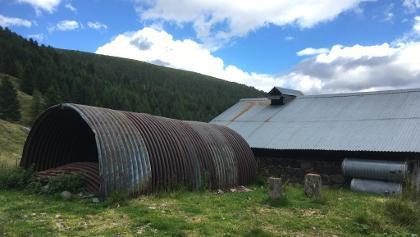 Lamiere e cisterne a Malga Montalon