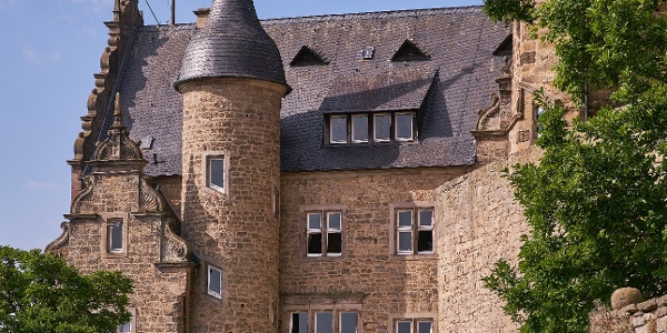 Burg Adelebsen von außen