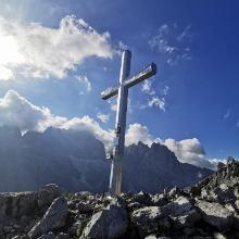 Croce sulla cima Croz dell'altissimo