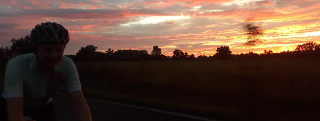 Aus Hannover raus bei Sonnenaufgang kurz nach 6