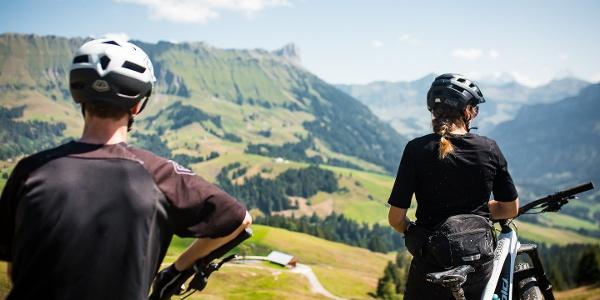 Die Aussicht auf der Marbachegg geniessen