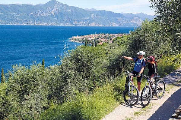 Cycling at Lake Garda