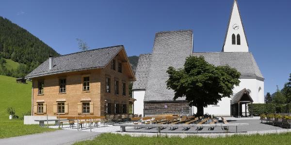Brand, Katholische Pfarrkirche Mariä Himmelfahrt 1