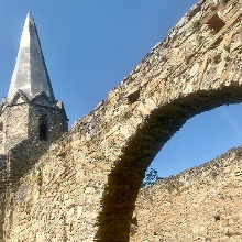 Die Burgkirche von Gossam