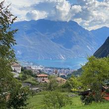 Blick hinunter auf Riva und den Lago Di Garda