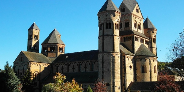 Kloster Maria Laach, Seitenansicht