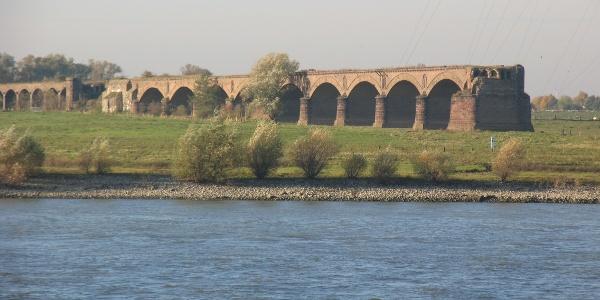 Römer Am Rhein