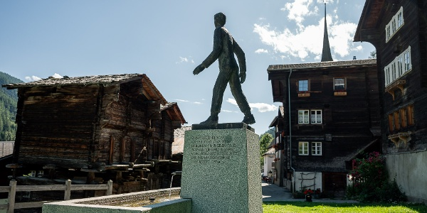 Denkmal Cäsar Ritz in Niederwald